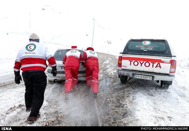 فعالیت 51 تیم امدادی برای امدادرسانی به بیش از یک هزار تن در برف و کولاک