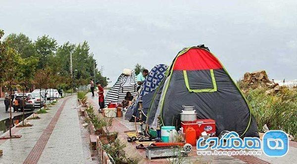 مسافران به هتل ها نیامدند، در چادر و ویلاها ماندند
