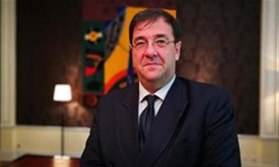 ملاقات سفیر فرانسه در لبنان با نماینده حزب الله