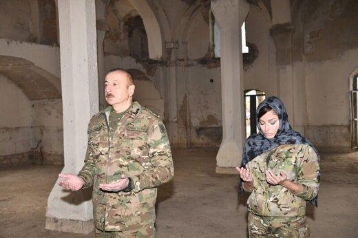 رئیس جمهور آذربایجان: چه کسی می تواند از ما انتقاد کند، آنهایی که مساجد را تعطیل کردند و یا سر خوک به مساجد مسلمانان انداختند؟