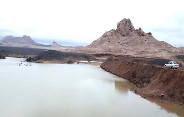 خبرنگاران ساخت بند خاکی کلیزه در نایین آغاز شد