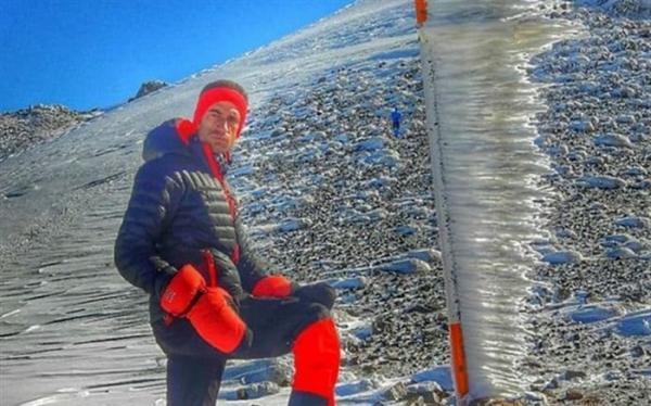 پسر کوهستان؛ جوان معلولی که به قله کوه صعود می نماید