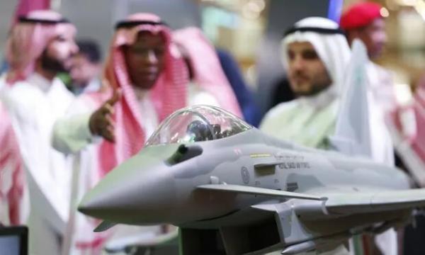 انگلیس با فروش تسلیحات، جنگ سعودی ها علیه یمن را طولانی می نماید