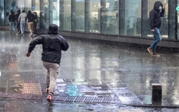 آماده باش شهرداری برای جلوگیری از آبگرفتگی معابر و مسیل ها در پی تشدید بارش ها در تهران