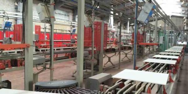 از احداث کارخانه کاشی و سرامیک چینی ها در کرمانشاه چه خبر؟