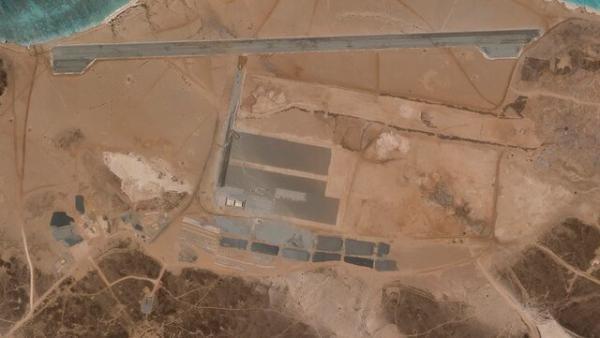 پایگاه هوایی مرموزی که در جزیره آتشفشانی یمن ساخته می گردد